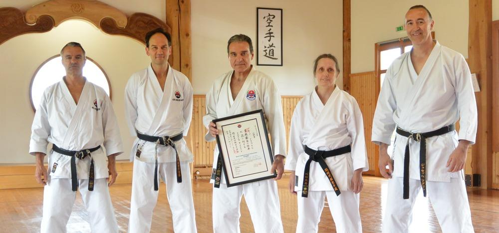 Bruno Trachsel mit Richard Amos und SKA Vorstand 31.05.2014